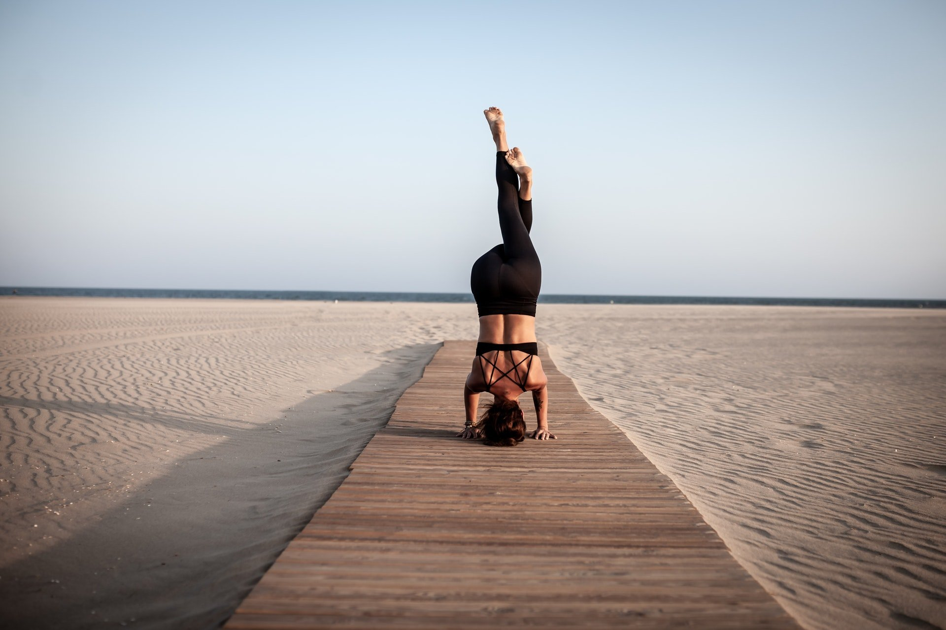 balance beach dawn 2417474 1